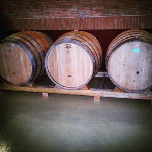 Soportes de madera para cubas de vino.